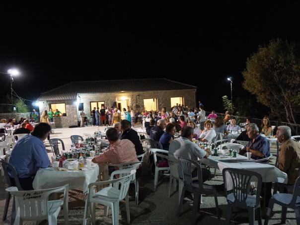 Μέ επυτιχία παρα τό μικρο διάστημα προετοιμασίας στέφθηκε η εκδήλωση τού πολιτιστικού συλλόγου γιά τό 2015